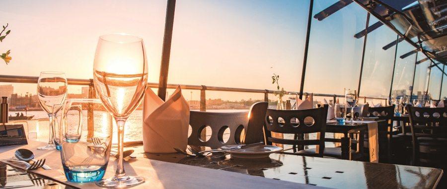 12-Bateaux-Dubai-le-diner-croisiere_900x381_acf_cropped